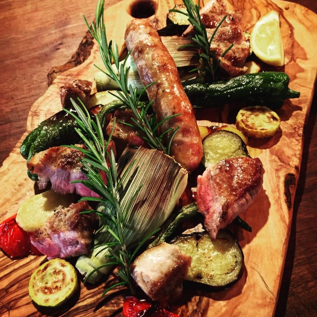 ロアジ 料理 肉料理 窯焼き